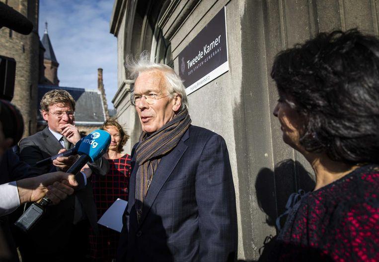 Tjeenk Willink verlaat het Kamergebouw na zijn gesprek met Arib Beeld anp