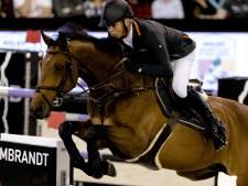 Roelofsen Horsetrucks uit Raalte blijft hoofdsponsor Jeroen Dubbeldam