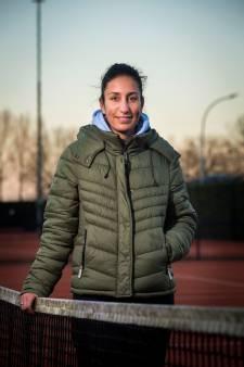 Tamaëla gelooft in rustige coachstijl: 'Maar als het moet, kan ik Kiki ook aanpakken'