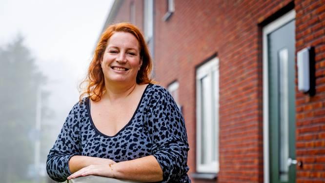 Sandra kreeg een postnatale depressie én een hernia tegelijk: 'Ik dacht, mijn kind is beter af zonder mij'