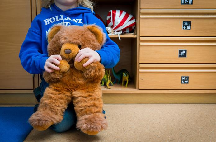 Troost en afleiding bieden; dankzij een gift van de Rabobank kan het Centrum Seksueel Geweld in Zwolle speelgoed komen.