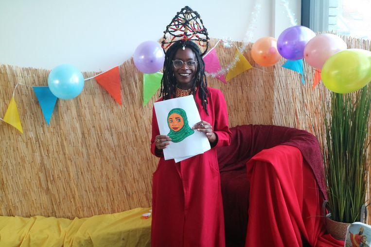 Noémie Ntoto, beter gekend als Mimi Waterfall, is één van de Queen Nikkolah's.