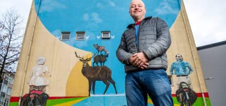 Streetart-kunstenaar Stephan gaat voor internationale faam met 'profetische' zeeptekeningen in Apeldoorns fietstunneltje