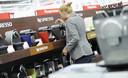 De koffie-machines afdeling in één van de filialen van MediaMarkt