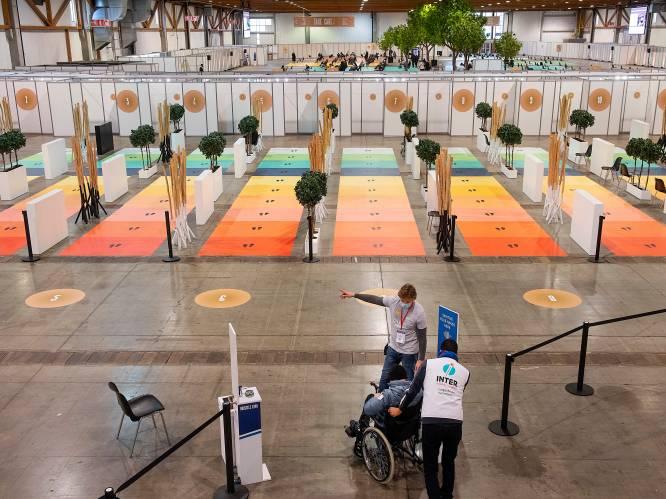 LIVE. Duizenden Vlamingen lieten zich met valse postcode vaccineren in Brussel