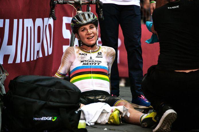 2020: Annemiek van Vleuten wint de 14de editie van de Strade Bianche voor vrouwen.