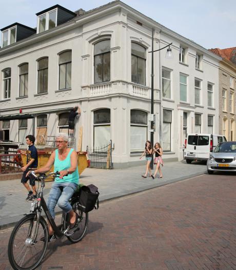 Roer om voor Hollands Glorie-pand aan de Marspoortstraat in Zutphen
