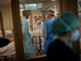 OVERZICHT. Minder dan 750 patiënten op intensieve zorg