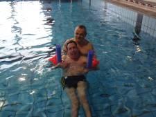 David uit Den Bosch zoekt een 'zwemmaatje' en hij is niet de enige