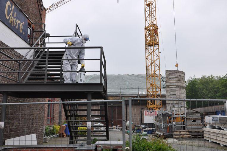 Asbest in Maldegem: de zone rond de sporthal van Kleit is helemaal afgezet.