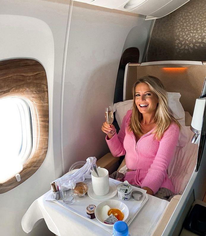 Freya Poppe is terug uit Dubai, waar ze zes maanden verbleef.