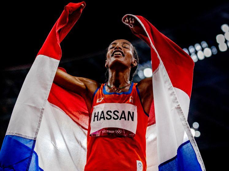 Sifan Hassan laat op onwerkelijke dag met goud de wereld in verbazing achter: 'Kijk wat er allemaal is gebeurd, crazy!'