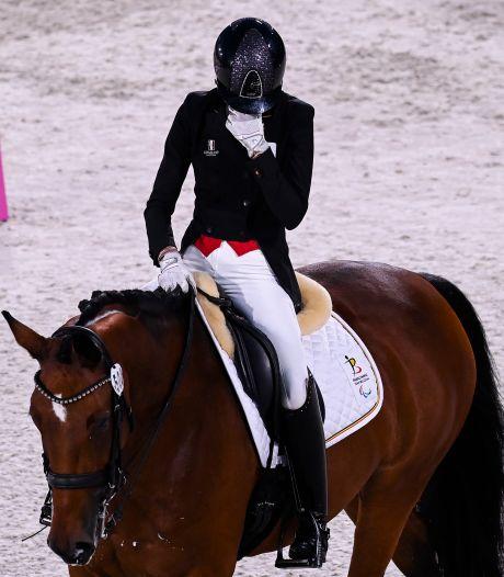 """Michèle George, double médaillée d'or aux Jeux Paralympiques, rend hommage à sa jument: """"Fantastique"""""""
