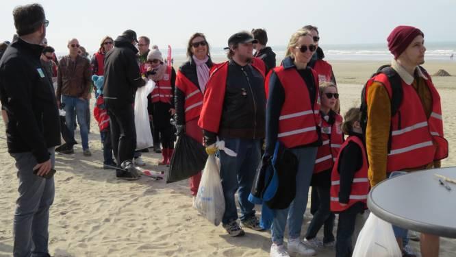 Grote strandschoonmaak: 2.500 vrijwilligers ruimen 5,3 ton afval op