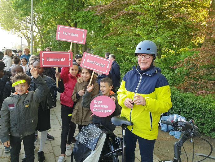 Kindertekeningen voor een veiliger fietsverkeer