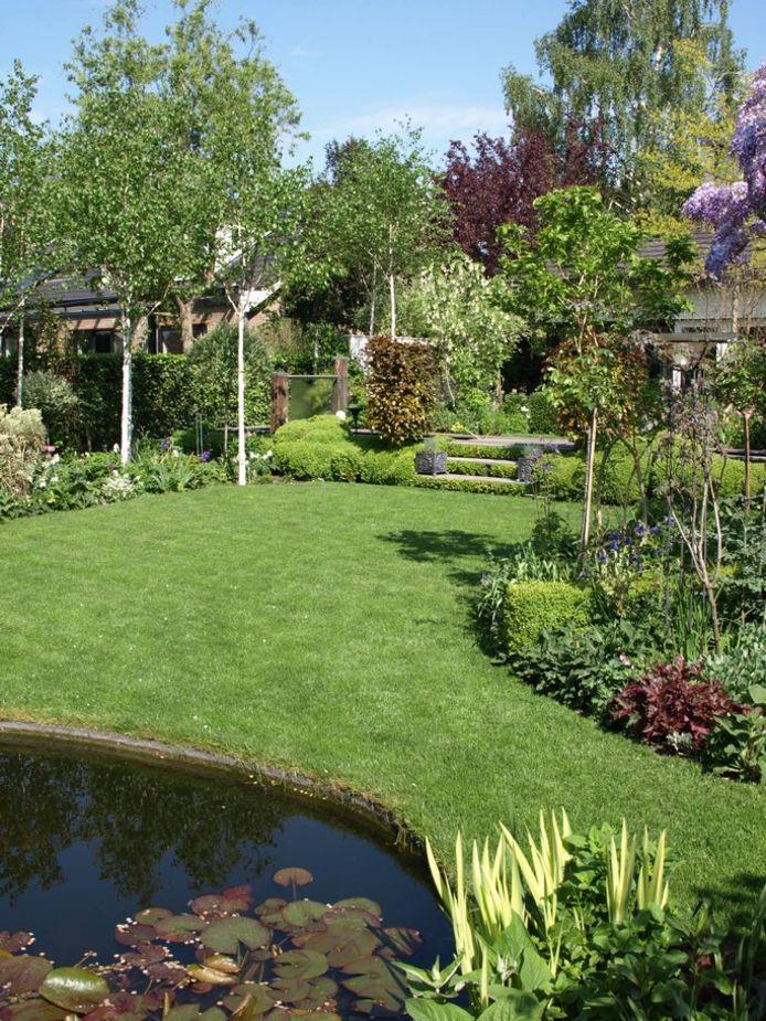 De tuin van Hilde van Ankeren uit Breukelen is verkozen tot mooiste tuin in Stichtse Vecht in de categorie grote tuin.