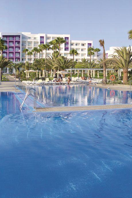 Zes vakantiegangers proefreis Gran Canaria positief getest en mogen vandaag niet naar huis