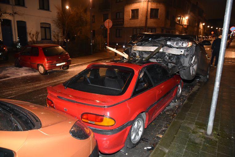 Bij de crash vielen geen gewonden.