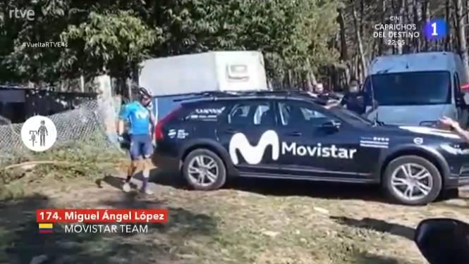 Images surréalistes sur la Vuelta: Miguel Angel Lopez, lâché et fâché, pète les plombs et jette l'éponge
