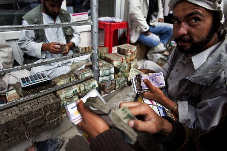 'Het hawala-systeem is een oude manier van bankieren in het Midden-Oosten: er komen geen afschriften of andere bewijzen aan te pas. Dat maakt opsporing bijzonder moeilijk.' Beeld Getty Images