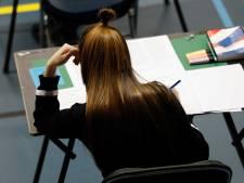Ouders en scholieren boos over telefoonroof op school: 'Waarom was er geen goed toezicht?'