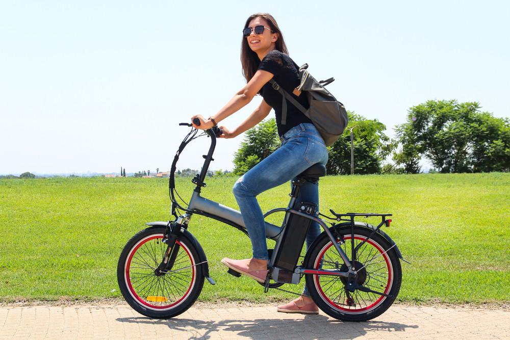 Heel wat banken bieden nu speciale leningen voor elektrische fietsen