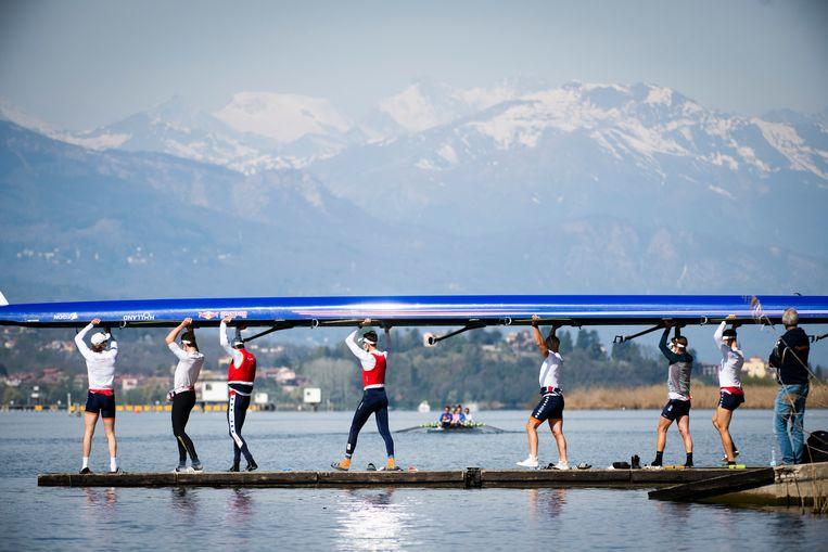 De Holland Acht op het Meer van Varese. Beeld Merijn Soeters