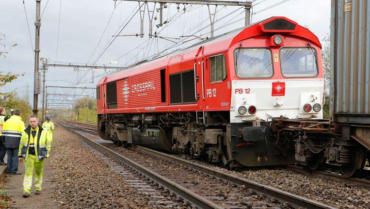 De bestuurder van de goederentrein die ontspoorde tussen Holsbeek en Wilsele heeft een rood sein genegeerd, waarna de trein ontspoorde op een wissel. Beeld BELGA
