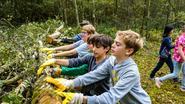 Leerlingen ruimen Zandbergen op