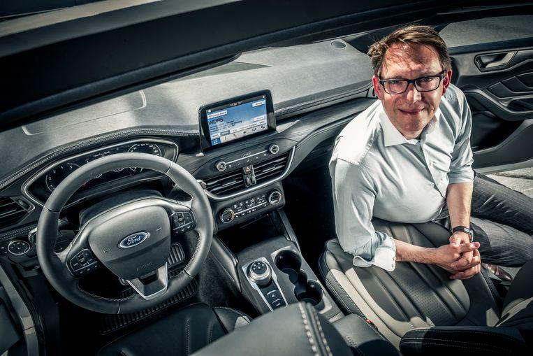 hoe ontwerp je een goed auto interieur de ontwerper bij ford legt het uit