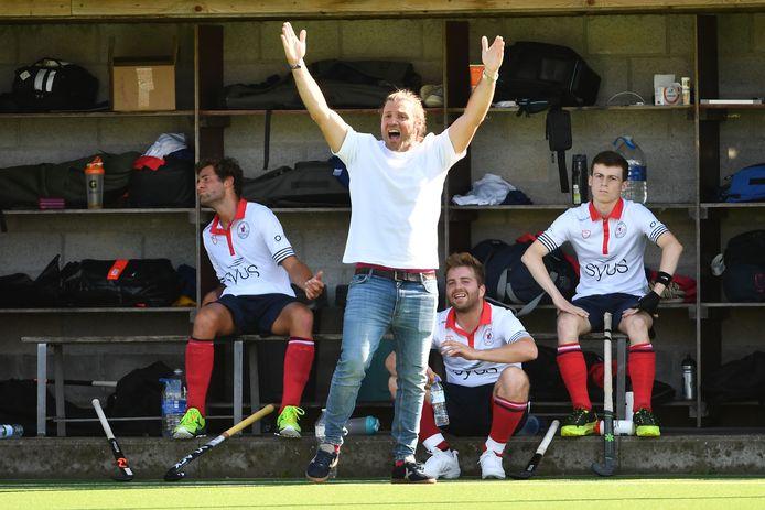 Xavi Trenchs coacht met heel veel passie en dat brengt hij ook over op zijn spelersgroep.