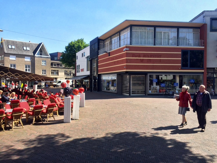 Het nieuwe pand van Wuite Mode aan de Markt in Tiel.