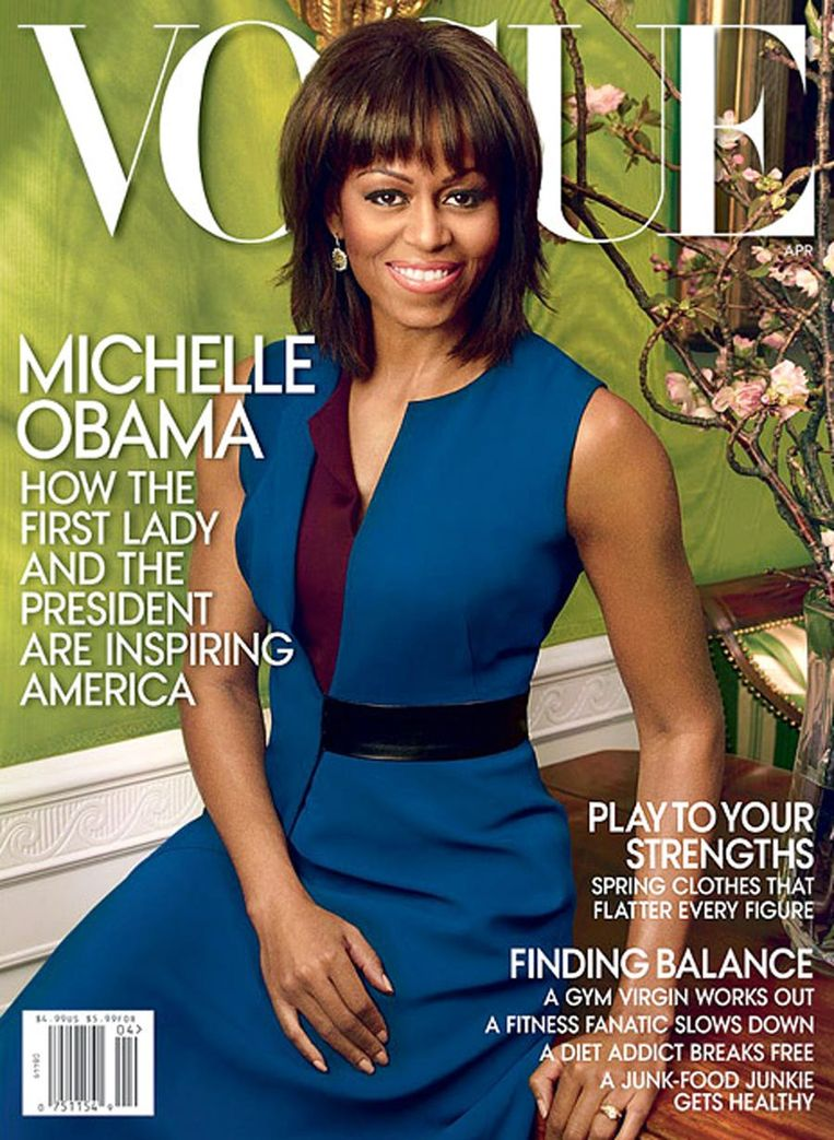 April 2013, Vogue met Michelle Obama, gefotografeerd door Annie Leibovitz, blauwe jurk van Reed Krakof. Beeld