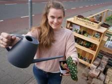 Een bieb voor planten, Laura bedacht het: 'Terwijl al mijn plantjes vroeger doodgingen'