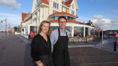 Vanessa en Thierry roepen in restaurant Paname sfeer Parijs op