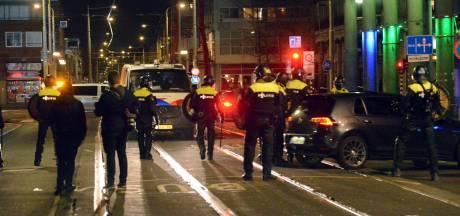 Meer agenten dan relschoppers op straat vanavond, influencer 'Mo' zou aangehouden zijn