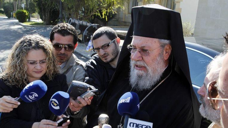 Chrysostomos II, de aartsbisschop van Cyprus, na het gesprek met de president. Beeld EPA