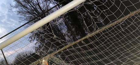 Voetbalclub Reünie is vernielingen op velden Borculo zat: 'waar is dat nu goed voor?'