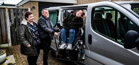 35.000 euro nodig voor rolstoelbus dochter Mirte; het kost Bianca en Martin Dijkslag slapeloze nachten
