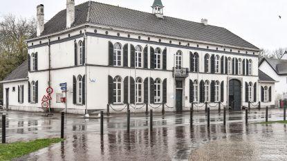 Oud gemeentehuis Overmere krijgt nieuwe stookinstallatie