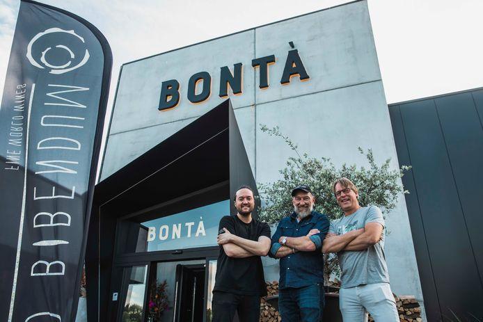 Vleesrestaurant BONTA is een samenwerking tussen chef-kok Jules Koninckx, slager Luc De Laet en Versuz-eigenaar Yves Smolders.