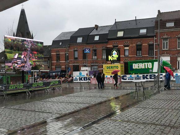 Op zondag 7 april tovert M&V Sportevents de Vesten en de Kapelmuur om tot een volksdorp voor jong en oud.