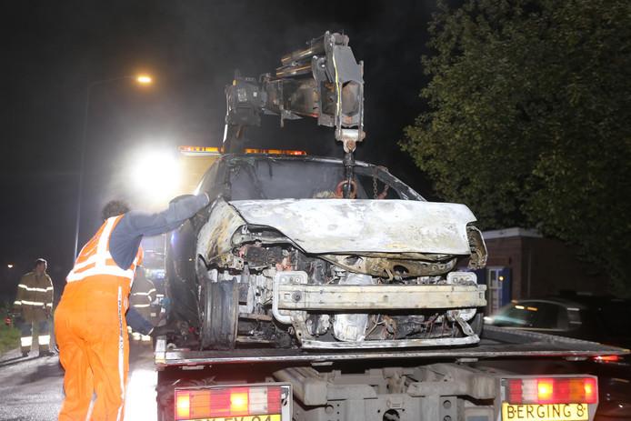 Auto verwoest door brand in Boxtel