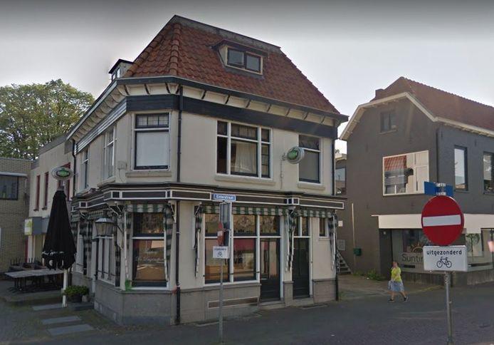 De voormalige Duizendpoot op de hoek van de Enterstraat en de Wierdensestraat.