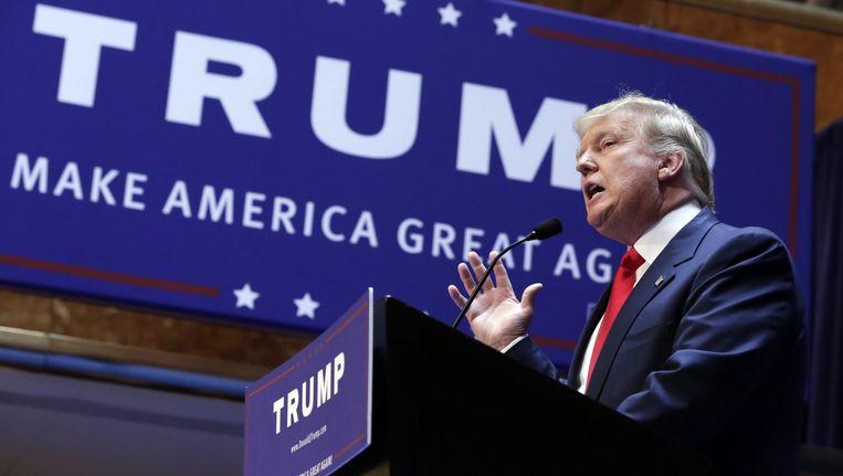 Donald Trump maakt zijn presidentiële kandidatuur bekend. Beeld ap
