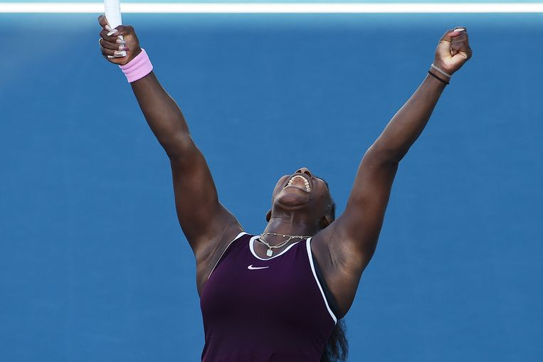 Een uitgelaten Serena Williams na haar winst in Nieuw-Zeeland. Beeld AP
