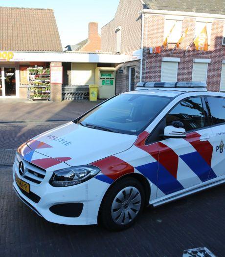 Twee jongens overvallen supermarkt in Huijbergen en bedreigen medewerker met een mes