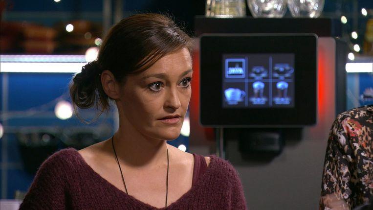 Tina Maerevoet als Paulien in Thuis