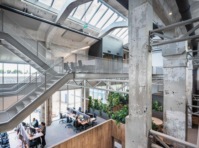 Één van de kandidaten voor de Willem Diehlprijs 2021: Gebouw KB (Industriepark Kleefse Waard): transformatie van nylonfabriek tot kantoren. Architect: HofmanDujardin & Schipper Bosch. Opdrachtgever: IPKW. Opgeleverd: 2020.