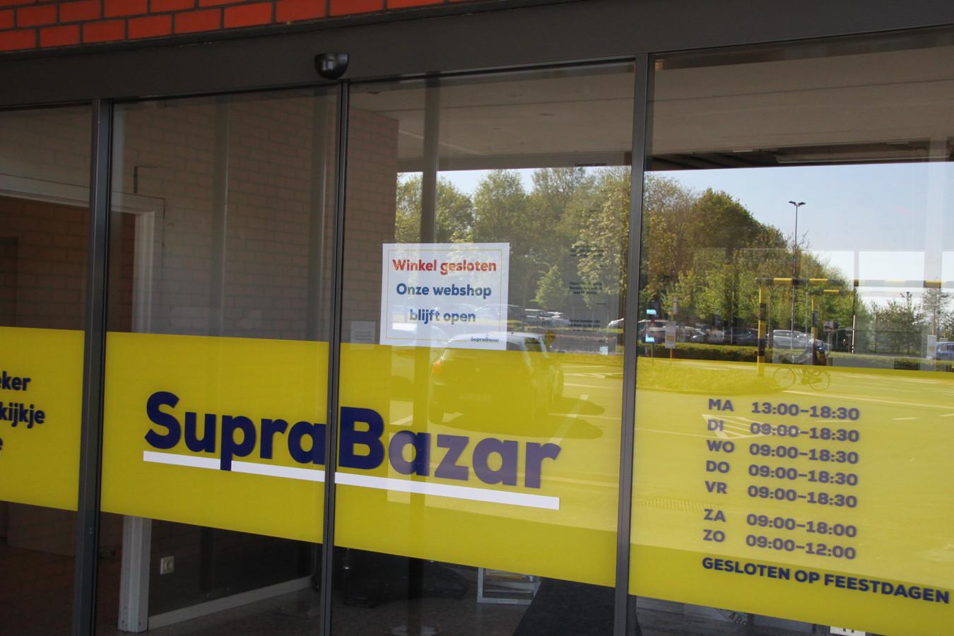 La famille Vanhalst, propriétaire de la chaîne de magasins Supra Bazar, fait l'objet d'une enquête qui déborde même au Luxembourg.